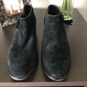"EEUC Vionic ""Joy Serena"" Ankle Boots"